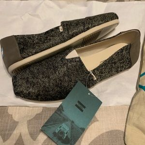 !BRAND NEW! Toms Classic Terry Cloth Flat